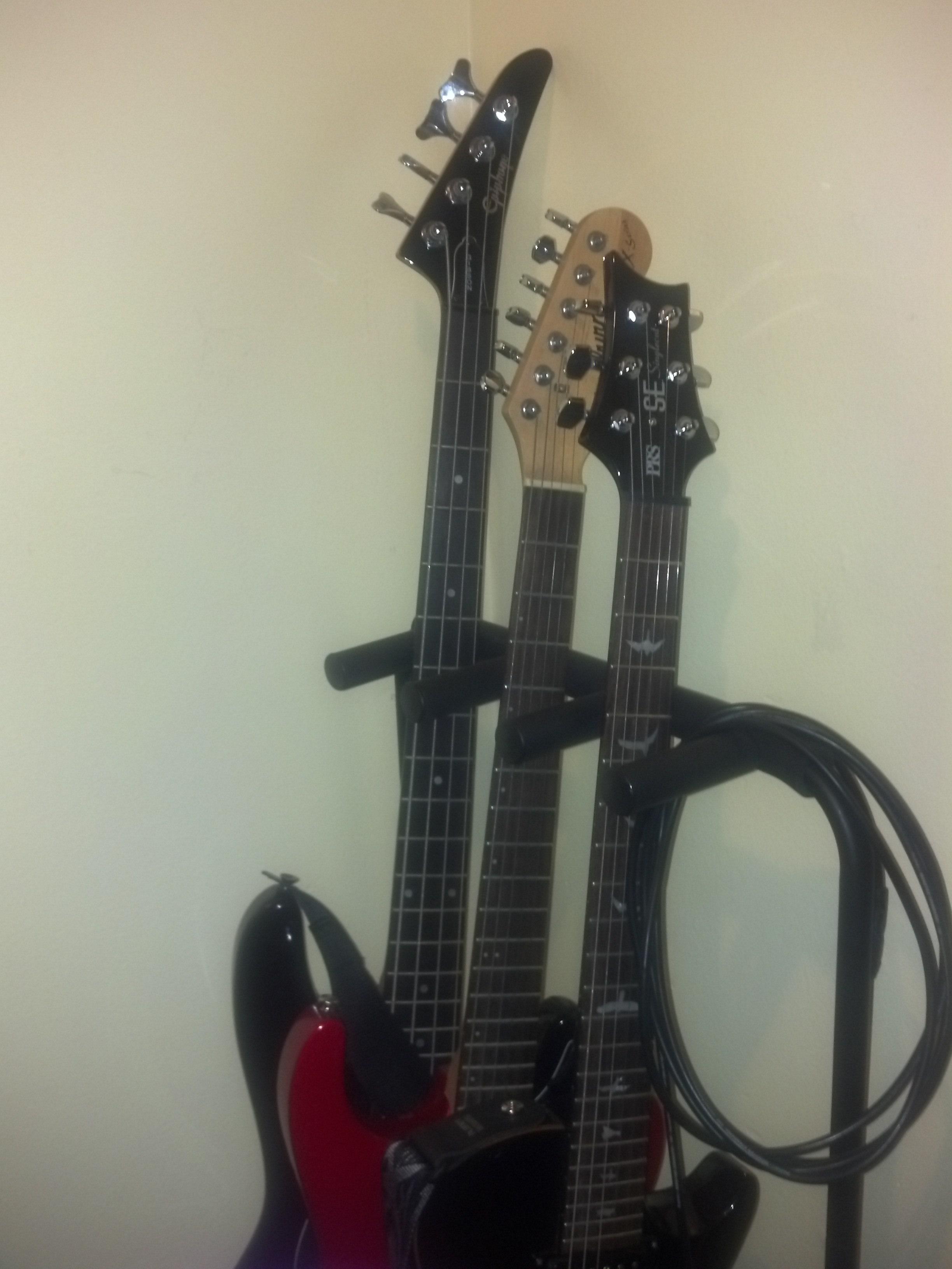 Gibson_Bass_PRS_Gtrs